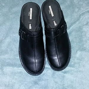New Collection by Clark's black slide in shoes wit